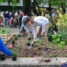 Children gardening in Zagreb